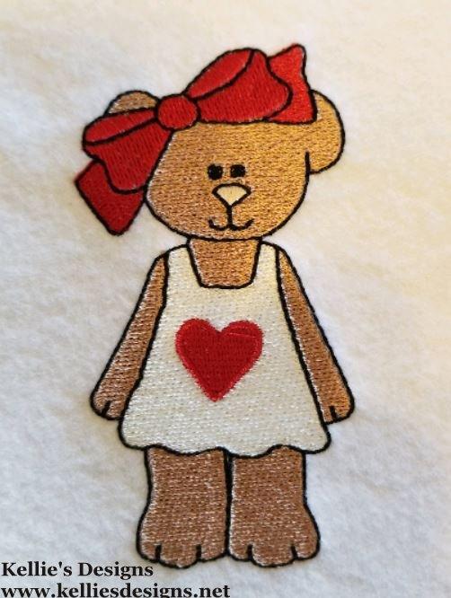 01-11 Heart Bear