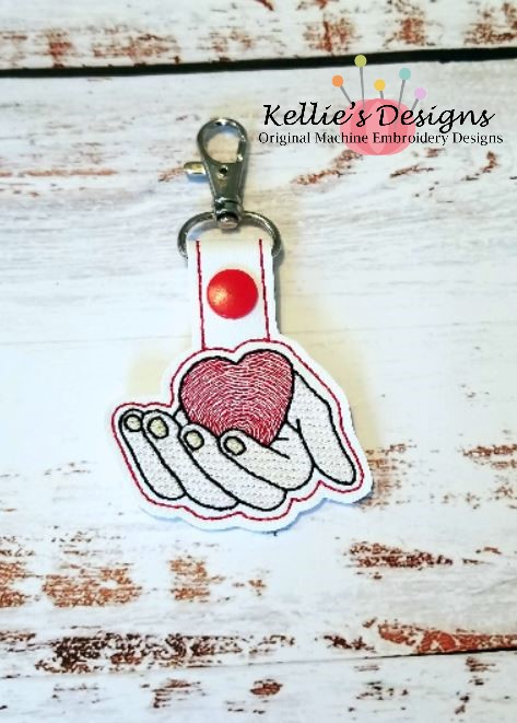 Heart In His Hands Snap Tab