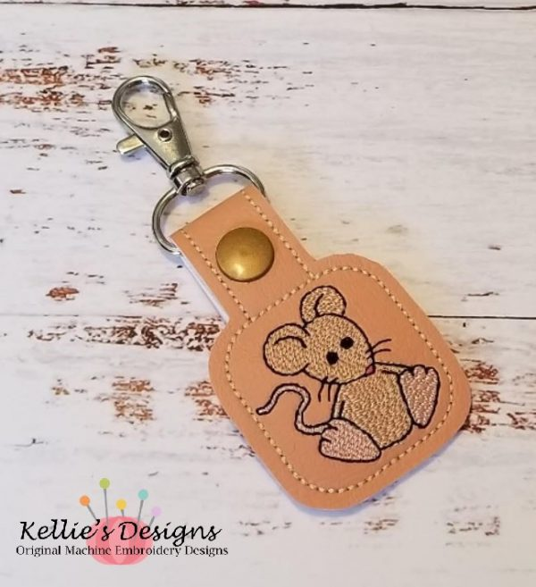 Little Mouse Snap Tab