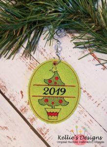 Split Christmas Tree Ornament